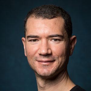 Dr. Pablo Roldan