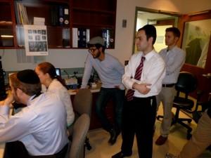Kushnir and his class visit the MRI center at Einstein