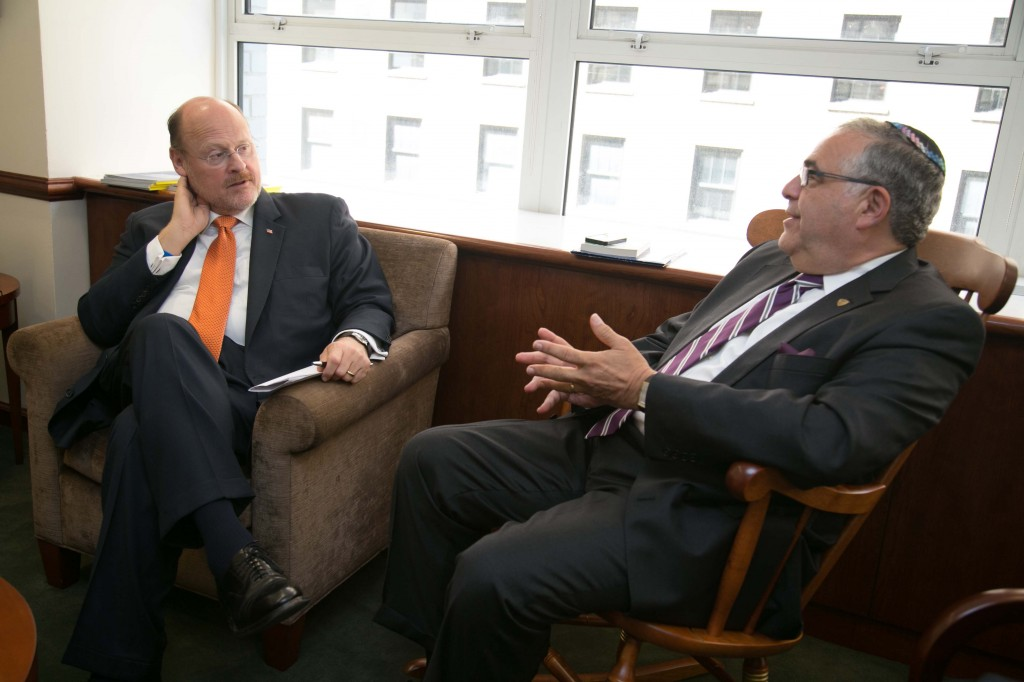 Mayoral candidate Joe Lhota toured the Beren Campus and met with President Richard Joel.