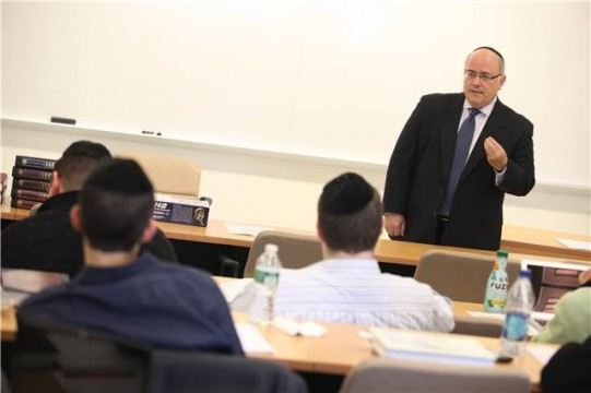 Rabbi Dr. Jacob J. Schacter will teach Jewish Encounters, the first-year course in the new Judaic studies curriculum at Sy Syms