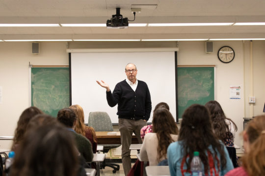 Stephen Tobolowsky speaks to the members of the Stern College Dramatics Society