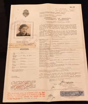 Lucy Lang's identity certificate
