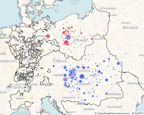 Geographical reach of Responsa Hatam Sofer (blue) and Responsa Rabbi Akiva Eger (red)