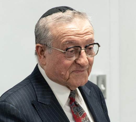 Dr. Shmuel Schenider