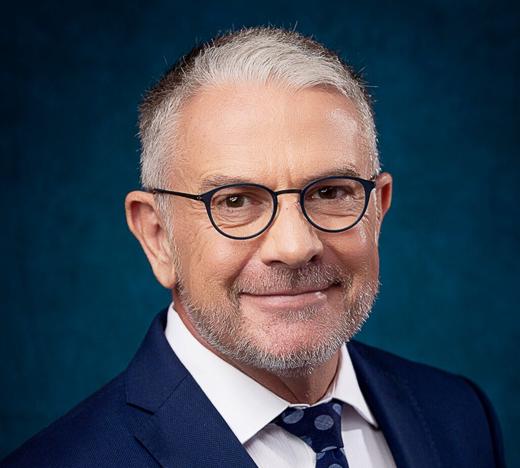 Dr. Nicholaas van den Heever