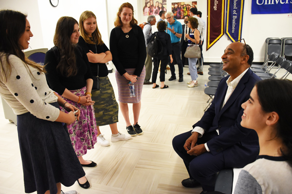 Kwame Anthony Appiah speaks with Stern College students